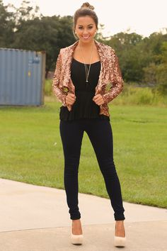 I Want It All Blazer: Bronze A girl could never get tired of too many sparkles Dressy Outfits, Cute Outfits, Black Outfits, Shop Hopes, Fall Lookbook, Office Fashion, Classy And Fabulous, Fashion Dresses, Fashion Pants