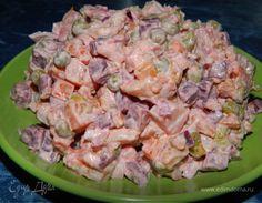 Овощной салат с зеленым горошком