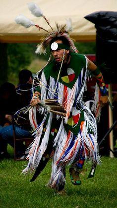 Jarrod Craft a descendant of Sparrowhawk and Sarah Persinger is a grass dancer.