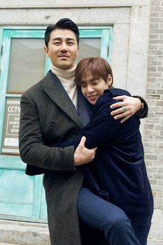 Father and son! Wishing they had more bonding screen time, but then again Hwayugi's perfect as it is Lee Seung Gi, Cha Seung Won, Lee Hyuk, Hot Korean Guys, Korean Couple, Korean Men, Oh Yeon Seo, Boys Over Flowers, Asian Actors