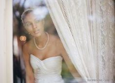 photos - bride getting ready