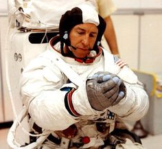 Jim Lovell, Apollo 13