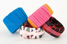 Fashion DIY Tutorial: Beautiful Recycling - bracelets from plastic bottles Recycled Bracelets, Cute Bracelets, Fabric Bracelets, Bangles, Bangle Bracelets, Recycled Jewelry, Handmade Jewelry, Do It Yourself Jewelry, Do It Yourself Fashion
