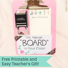 We love clever puns, especially this great DIY Teacher Appreciation gift from @lovejoyglitter & @inklaura #teacherappreciation #teachergifts #teacherappreciationgifts #giftideas #personalizedgifts #personalizedgiftideas #expressionery