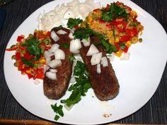 Das perfekte Ćevapčići(Hackfleischröllchen aus Kroatien)-Rezept mit einfacher Schritt-für-Schritt-Anleitung: Eine Zwiebel und den Knoblauch mit…