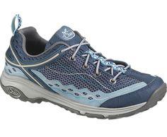 Chaco OutCross Evo 3 Majolica or blue color. Size 8.5. Medium width.