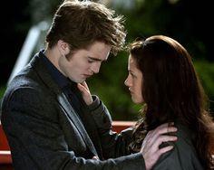 """New Moon - Bis(s) zur Mittagsstunde    Bella (Kristen Stewart) zu Edward (Robert Pattinson): """"Geht es dir um meine Seele? Du kannst sie haben! Ohne dich will ich sie nicht."""""""