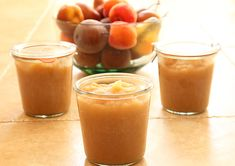 How to Make Easier-to-Digest Homemade, Slow-Cooked Applesauce www.agutsygirl.com