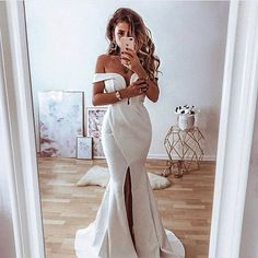 Elegant Off-the-Shoulder Split Front Mermaid Lace Wedding Dress