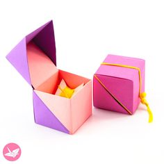 Hinged Origami Box – Cube Version Tutorial – Hinged Origami Box – Cube Version Tutorial Here are the instructions on how to fold a cube shaped origami gift box with a hinged lid using two sheets of paper. No glue is required for this hinged origami box. Origami Design, Instruções Origami, Origami Ball, Origami Dragon, Useful Origami, Dollar Origami, Oragami, How To Origami, Origami Cards