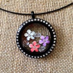 Origami Owl Black Crystal Daisy Living Locket  www.owllockets.com