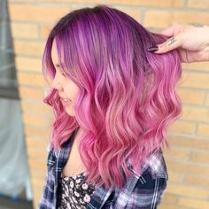Loving this pretty purple + pink ombre by @elle_doeshair - try our Magenta Ombre kit + Petal Pink for a similar look! #lunartides #hairdye #pinkhair #ombre