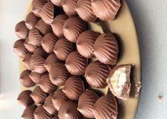 Eid Dessert Recipes, Yams, Chocolate Recipes, Truffles, Biscuits, Caramel, Almond, Bakery, Stuffed Mushrooms