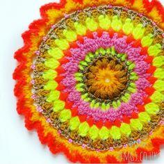 Helen's Autumn Sunshine Crochet Mandala | Free Crochet Pattern - Make this vibrant Sunburst Autumn Sunshine crochet Mandala using simple and easy crochet stitches with bobble stitch and spike stitch for this week's free Monday Mandala crochet pattern.