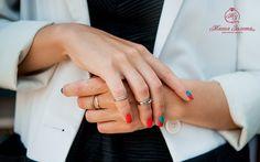 Всего пару лет назад носить несколько колец на одном пальце считалось признаком дурного вкуса, а теперь это один из главных модных трендов. А вам нравится такая тенденция? #мнение #украшения #стиль #мода #кольцо #магия #интернетмагазин #доставкаповсейроссии #jewelry #magic #magicgold