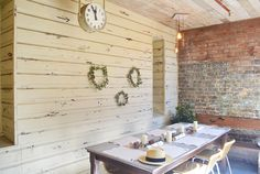 Christmas napery/styling - olsoul.com.au #christmas #napery #table #rustictable