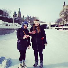 Making smiles and memories on the Rideau Canal with BeaverTails pastries :) vie @karenjhill11 on Instagram