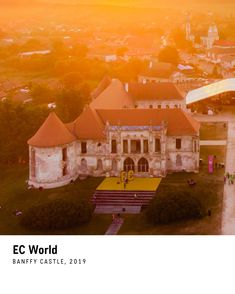 Electric Castle is a Romanian music festival that takes place every year on the Transylvanian spectacular domain of Banffy Castle, near Cluj-Napoca. Romania, Castle, Mansions, House Styles, World, Places, Home Decor, Decoration Home, Manor Houses