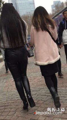 皮裤大美女 街拍小站 Lederhosen, Leather Pants, Street View, Female, Celebrities, Boots, Womens Fashion, Jackets, Outfits