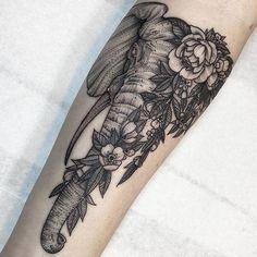 My tattoo - Kyle Stacher - Zeichnungen & Tattoos - Best Tattoo Share Tribal Tattoos, Trendy Tattoos, Unique Tattoos, Cute Tattoos, Black Tattoos, Tattoos Pics, Ear Tattoos, Tattoos Gallery, Tatoos
