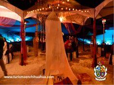 """TURISMO EN CIUDAD JUÁREZ Este año, se otorgó a las Dunas de Samalayuca el """"Reconocimiento a la diversificación del producto turístico 2015"""" con """"Misticismos del Desierto""""; se trata de varias dinámicas que adentran a los asistentes de convenciones en las maravillas del desierto para terminar con una cena temática. Le invitamos a conocer este místico lugar de noche. #visitachihuahua"""