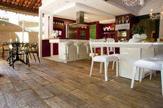 piso madeyra sottile pátina castanho