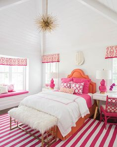 Tour This Vibrant Sea Island Cottage - Southern Home Magazine Preppy Bedroom, Teen Bedroom, Home Bedroom, Rich Girl Bedroom, Preppy Dorm Room, Master Bedroom, Room Ideas Bedroom, Bedroom Decor, Bedroom Inspo