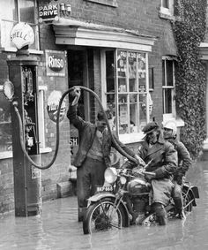 Shell, London, 1933
