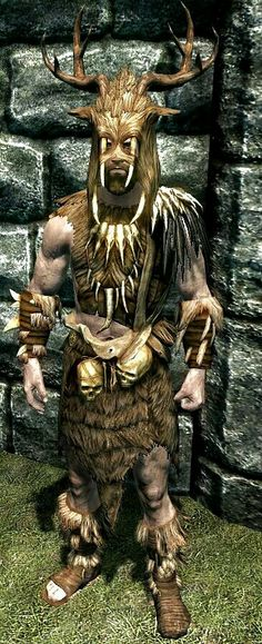 Forsworn Armor  BASE ARMOR: 52 (set) Weight 12 (set) BASE VALUE: 190 (set) Class: Light Armor Upgrade Material: Leather
