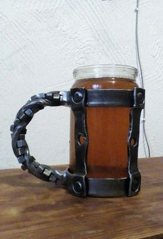 Horseshoe Projects, Metal Projects, Welding Projects, Metal Crafts, La Forge, Blacksmith Projects, Forging Metal, Iron Art, Beer Mugs