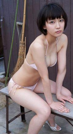 riho-yoshioka005.jpg (600×1100)