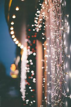 Christmas lights by Alexey Kuzma for Stocksy United - Background images hd - Wallpaper Wallpaper Natal, Xmas Wallpaper, Flower Wallpaper, Christmas Wallpaper Iphone Tumblr, Christmas Lights Wallpaper, Christmas Lockscreen, Christmas Aesthetic Wallpaper, December Wallpaper Iphone, Christmas Phone Backgrounds