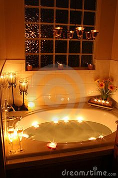 Candlelight Bath - just the perfect way to start an exciting evening :-) <3