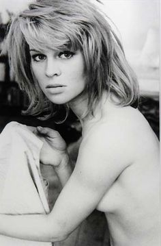 """Julie Christie (1940) - British actress, pop icon of the """"swinging London"""" era of the 1960s. Photo by Terence Donovan, 1962."""