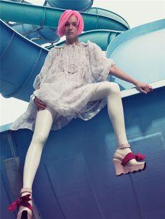 """Morning Beauty"" | Model: Natalia Vodianova, Photographer: Craig McDean, W Magazine, September 2006"