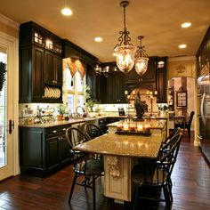 Black Painted Kitchen Cabinets Design, Pictures, Remodel, Decor and Ideas - page 23 Espresso Cabinets, Transitional Kitchen, Cabinet Design, French Door Refrigerator, Kitchen Layout, Kitchen Countertops, Kitchen Dining, Dining Rooms, Apartment Living