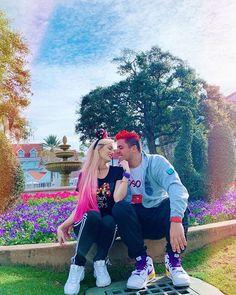 Juan de Dios Pantoja (@juandediospantoja) • Fotos y videos de Instagram Barbie, Vs Angels, Casual Fall Outfits, Yolo, Kawaii Anime, Instagram, Victoria, Couple Photos, Celebrities