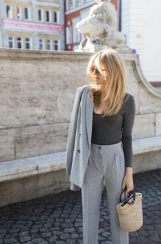 Look of the Day - it suits me Make life easier .- Look of the Day – it suits me Make life easier – - Hair Inspo, Hair Inspiration, Long Bangs, Layered Haircuts, Modern Haircuts, Office Outfits, Hair Dos, Hair Lengths, New Hair