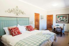Talking Trees - Clarens Accommodation. Open Space Living, Living Area, Signage Display, Built In Cupboards, Free State, Carpet Tiles, Wooden Flooring, Warm And Cozy, Trees