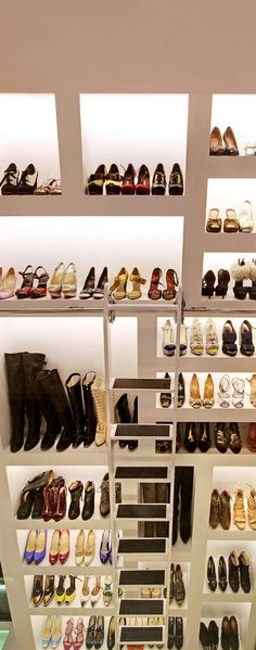The Millionairess Closet - ♔LadyLuxury♔ Walk In Wardrobe, Walk In Closet, Shoe Closet, Closet Vanity, Beautiful Closets, Dream Closets, Master Closet, Closet Space, Shoe Storage