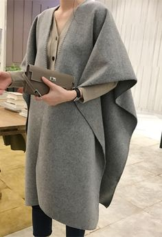 Sensual for trendy women clothing shopping! [SHOWROOM] W Apparel Outer Wool cape (2color)