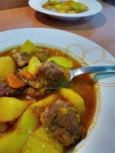 Estofado de Patatas con Costillas de http://conaromaacaserito.blogspot.com.es/