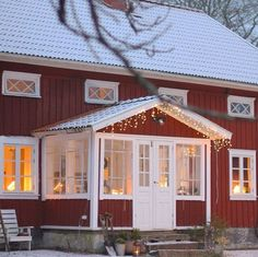 Swedish Cottage, Red Cottage, Swedish House, Cottage Style, Norway Design, Red Houses, Porch Addition, Side Porch, House Siding