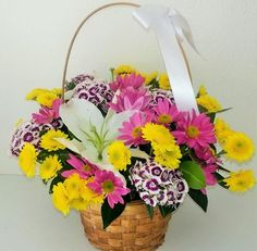 Mevsim Çiçekleri Sepeti