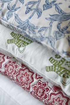 #textiles home furnishing, fabrics, jacquard, print, handloom, ikat, suzani, blockprint, embroidery,  plaids, cotton, linen,  silk, #furnishings