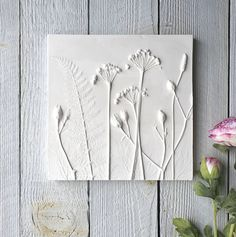 Stunning wall plaque featuring plaster cast flowers by Fiona GrayAre you interested in our Mixed flower wall art? With our plaster cast flower plaque you need look no further.This beautiful, limited edition plaster cast tile was made using Wild Garli Gypse, Plaster Cast, Plaster Molds, Plaster Of Paris, Paperclay, Real Flowers, Summer Flowers, Art Plastique, Wall Plaques