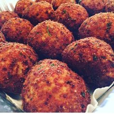 #arancini #riceballs #traditional AND #nonTraditional #homemade #handmade #freshtoOrder #madeWithLove #queens #statenisland #foodie #foodporn #goodeats #nom #italianfood #delicious #truffles #leahsitalianapples #sicilian #deepfried #goldenbrown #notyourNonnas #reinventingRiceballs #supportLocalBusiness #followyourdream #cheesy #eeeeeats #catering #foodilysm #fuckthatsDelicious