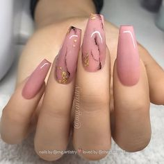 Acrylic Nails Coffin Looking for a whole new nail look? Coffin acrylic nails are a must try this year. We've rounded up 40 of the best acrylic nails coffin ideas for you.Take a look Best Acrylic Nails, Acrylic Nail Art, Colored Acrylic Nails, Perfect Nails, Gorgeous Nails, Cute Nails, Pretty Nails, Nagellack Trends, Coffin Nails Long