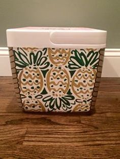 """Front side- lilly print with """"lehigh senior week"""" I Cool, Cool Stuff, Bubba Keg, Small Cooler, Coolest Cooler, Cooler Designs, Cooler Painting, Frat Coolers, Sorority Crafts"""
