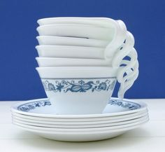 Vintage Corning Corelle // grew up with this.